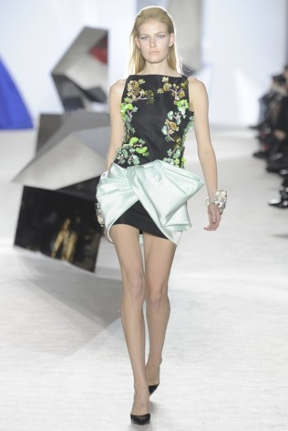 GIAMBATTISTA VALLI Haute Couture S:S 2014 Paris 13