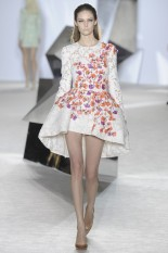 GIAMBATTISTA VALLI Haute Couture S:S 2014 Paris 21