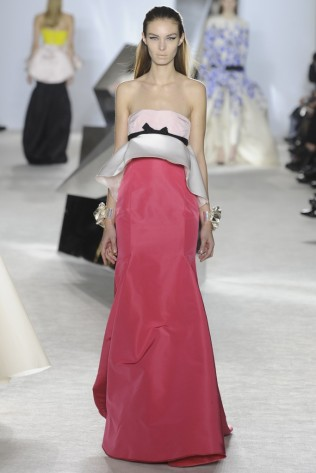GIAMBATTISTA VALLI Haute Couture S:S 2014 Paris 26