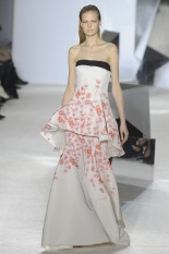 GIAMBATTISTA VALLI Haute Couture S:S 2014 Paris 29