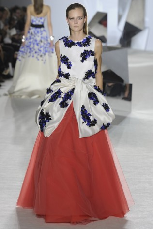 GIAMBATTISTA VALLI Haute Couture S:S 2014 Paris 34