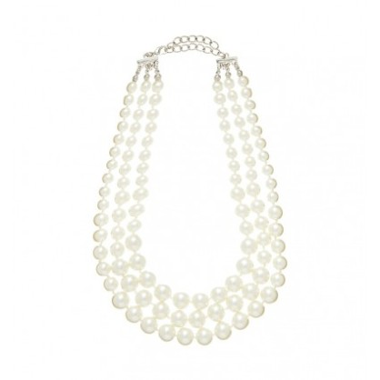 HAYLEY 3 LAYER PEARL NECKLACE