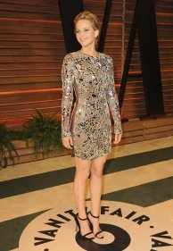 Jennifer Lawrence in something other than Dior! *gasp* She's wearing Tom Ford {Vanity Fair Oscar Party}