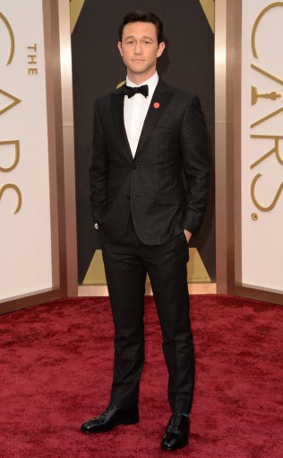 JOSEPH GORDON-LEVITT In Calvin Klein Collection